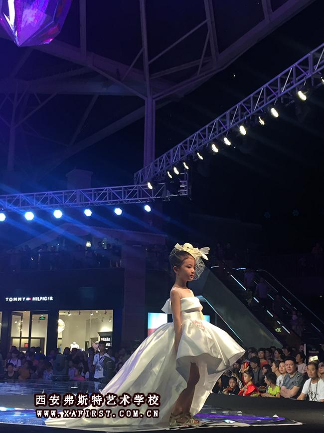 """""""天使杯""""少儿模特大赛陕西区决赛——独家造型:西安"""